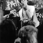 Hocky på sång gig i Rågsved 1978